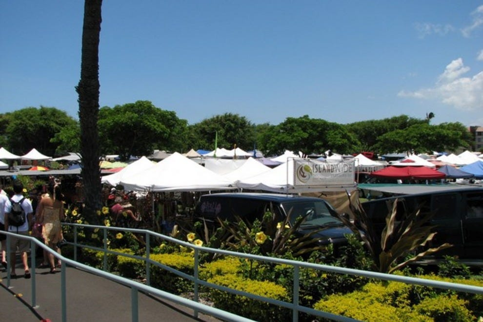 maui swap meet vendor information for doing business