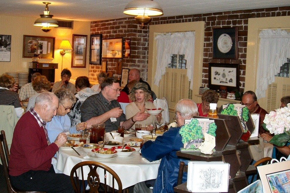 Mrs Wilkes Dining Room Savannah Restaurants Review