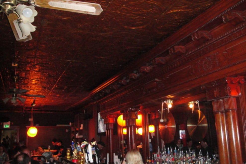 jazz clubs 10 germano s trattoria jazz clubs 8 cat s eye pub photo ...