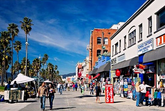 venice-beach-boardwalk-boardwalk_28_550x