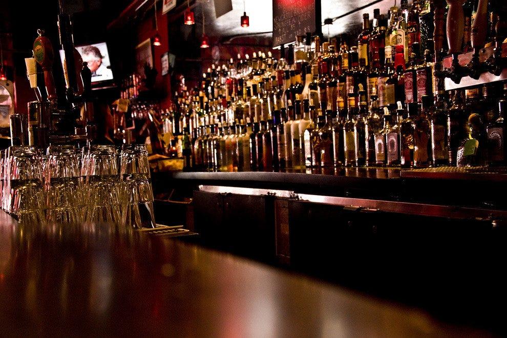 Pittsburgh hookup bars