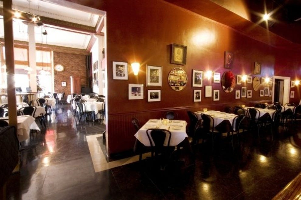 Croce's Restaurant & Jazz Bar