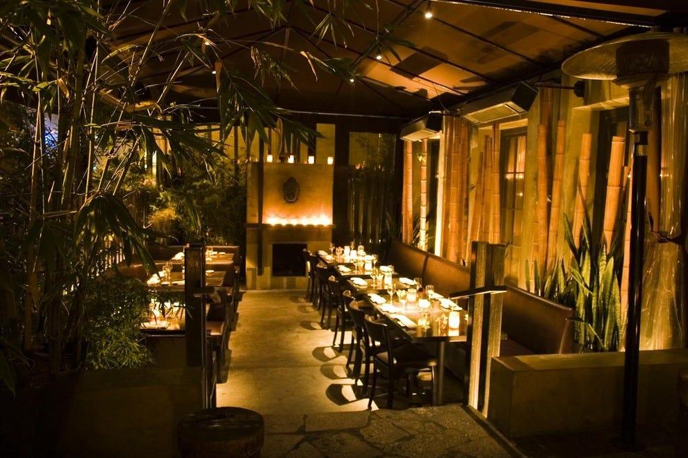 Koi los angeles los angeles nightlife review 10best for Koi restaurant los angeles