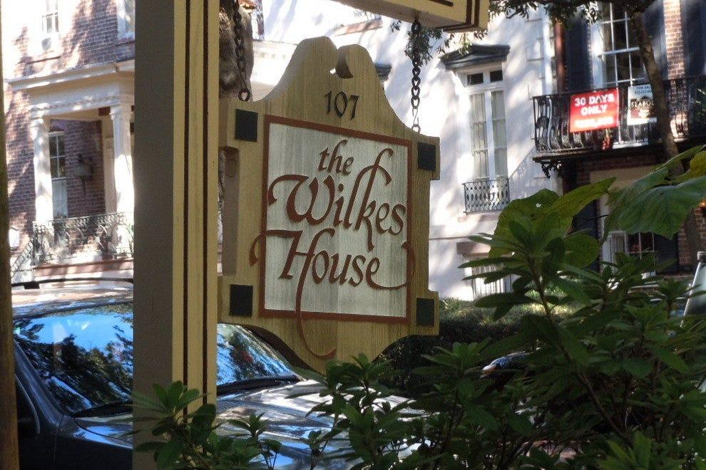 Mrs. Wilkes\' Dining Room: Savannah Restaurants Review - 10Best ...