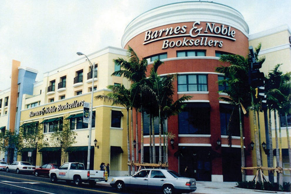 The Shops at Sunset Place South Dixie Highway (US 1) Red Road (SW 57th Avenue) Sunset Drive South Miami, FL Directions; , ; The Shops at Sunset Place lies at the intersection of US1, Red Road and Sunset Drive within the thriving South Miami commercial district.