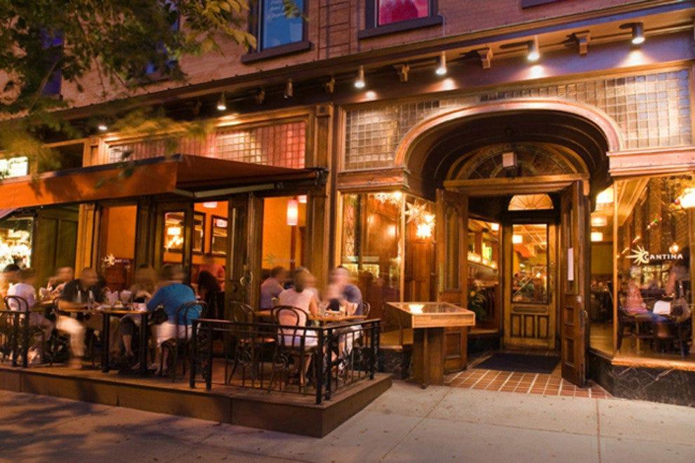 Brisku 39 s bistro chicago restaurants review 10best for Saratoga hotel in chicago