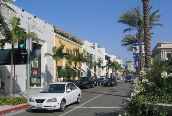 Rodeo_Drive_in_Beverly_Hills_Southern_California