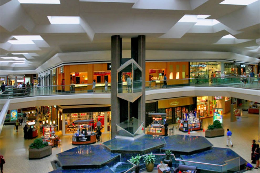 Fair Oaks Mall Indiana - shopping mall with 31 stores, located in Columbus, 25th Street, Columbus, Indiana - IN hours of operations, store directory, directions, mall map, reviews with mall rating. Contact and Phone to mall. Black friday and holiday hours information.3/5(1).