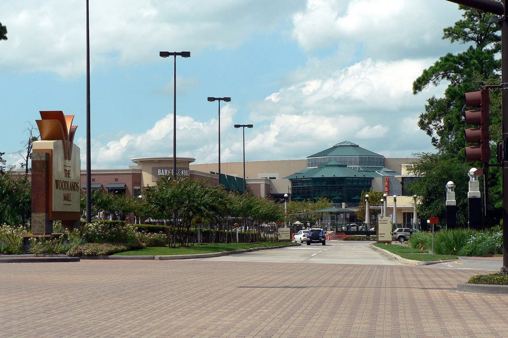 The Woodlands, TX Everything you can possible need in a shopping center and actually have Good places to eat! You will find your essentials: Starbucks, CVS, McDonalds, Republic Grill, and TCBY.