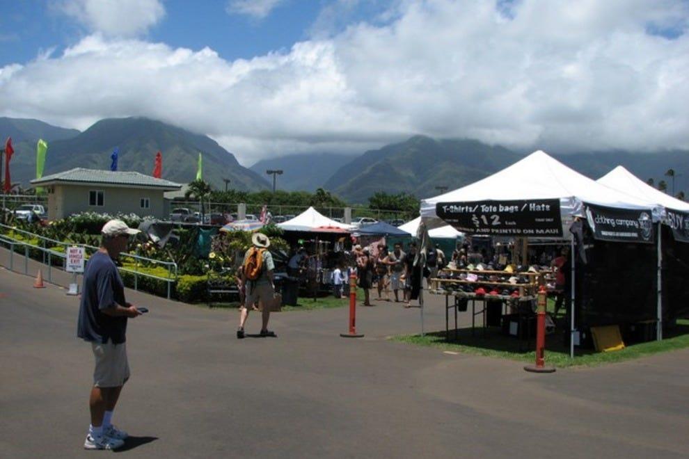 swap meet shopping online Alternative-hawaii's cyberguide to shopping on the island of kauai for ecotourists planning a flea markets / swap meets kauai products fair 4-1621.
