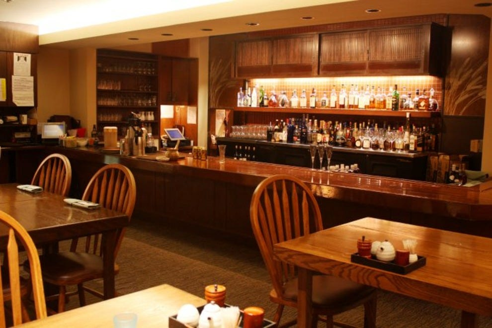 Sarento 39 s top of the i honolulu restaurants review for Best private dining rooms honolulu