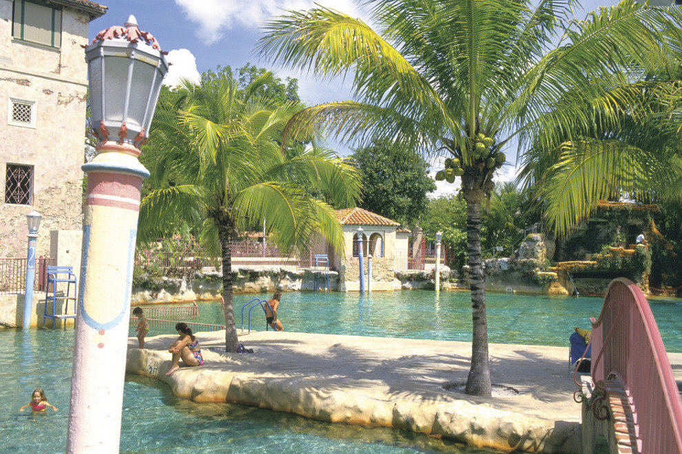 City of coral gables 39 venetian pool miami attractions for Pool show coral gables