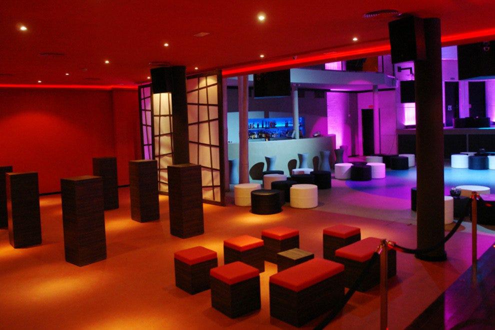 Barcelona Night Clubs Dance Clubs 10best Reviews