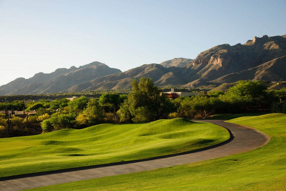 Tucson Arizona is warm golf destination in winter