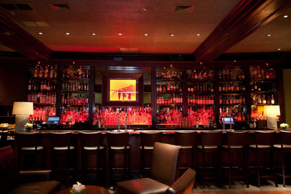 Boston hotel bars lounges 10best bar lounge reviews for Bar food top 10