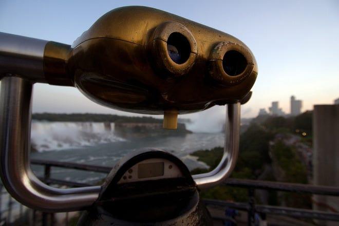 Sightseeing in Niagara Falls
