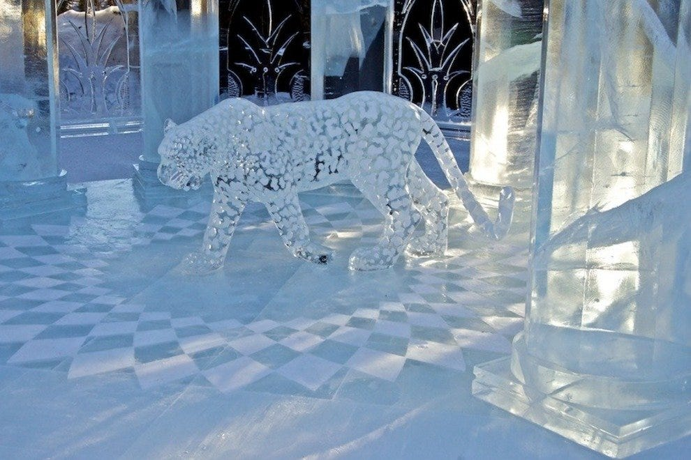 "A previous winning ice sculpture, called ""Palace Pet"""