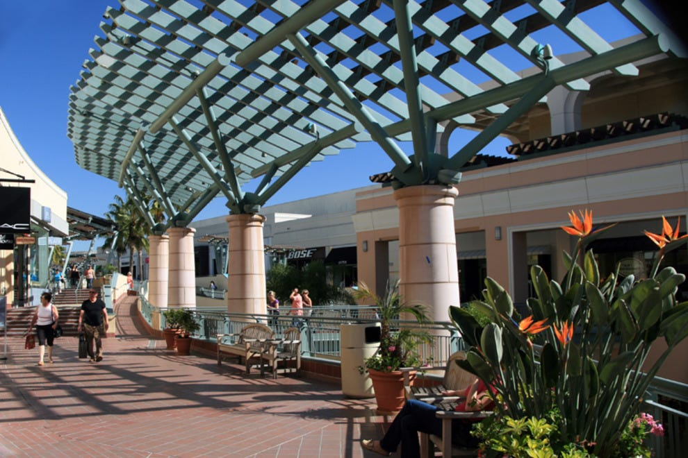 Fashion valley shopping center san diego 86