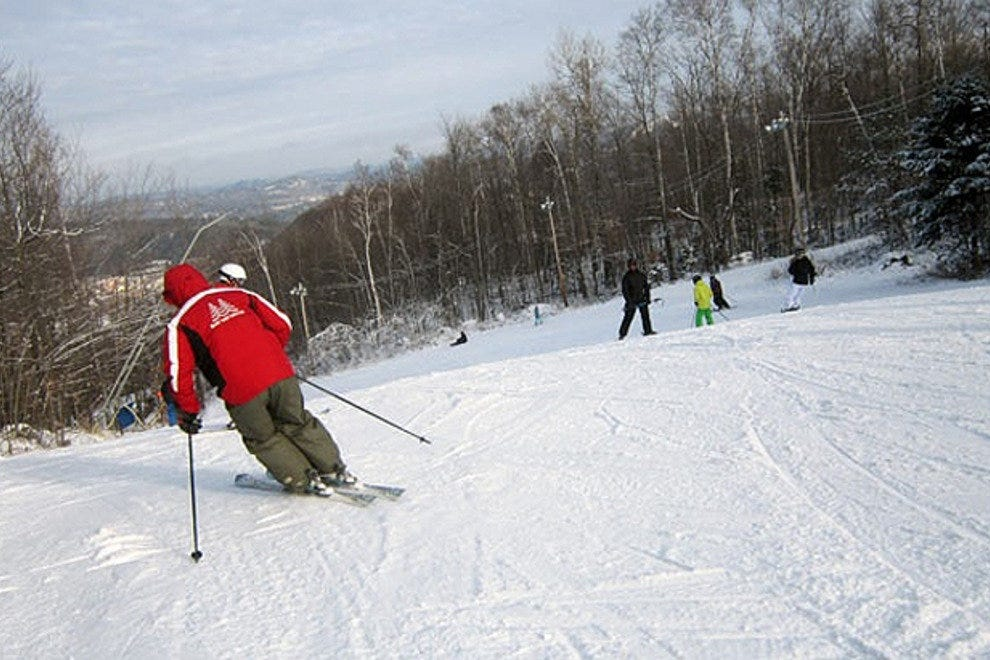 Downhill skiing in the Laurentians