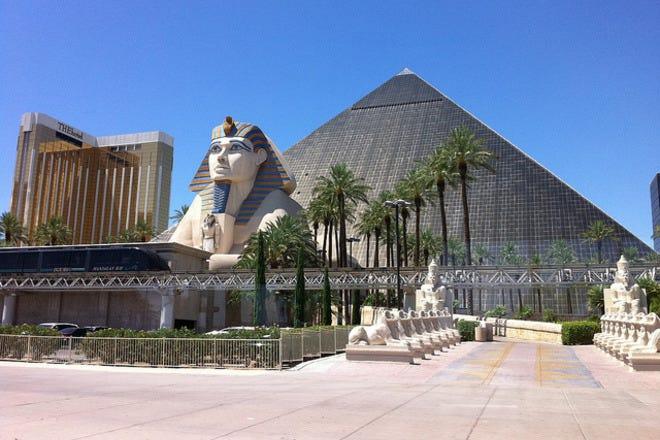 Luxor Hotel And Las Vegas