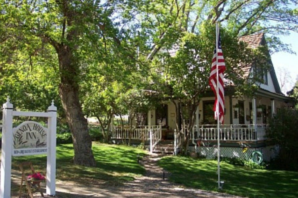 Genoa House Inn