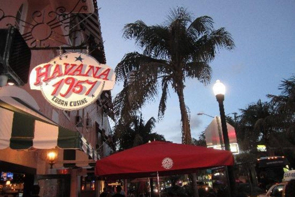 Best Places To Eat In South Beach On A Budget