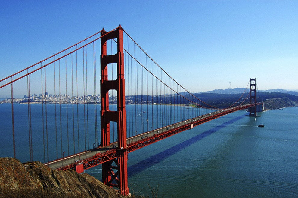 San Francisco is one of the most culturally diverse and beautiful cities in the world and one of my favorite places to visit. The City by the Bay is a foodies dream come true and home to some of the best restaurants in the country.