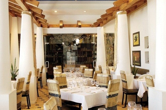 Casa Mia Restaurant: Niagara Falls Restaurants Review - 10Best Experts and  Tourist Reviews