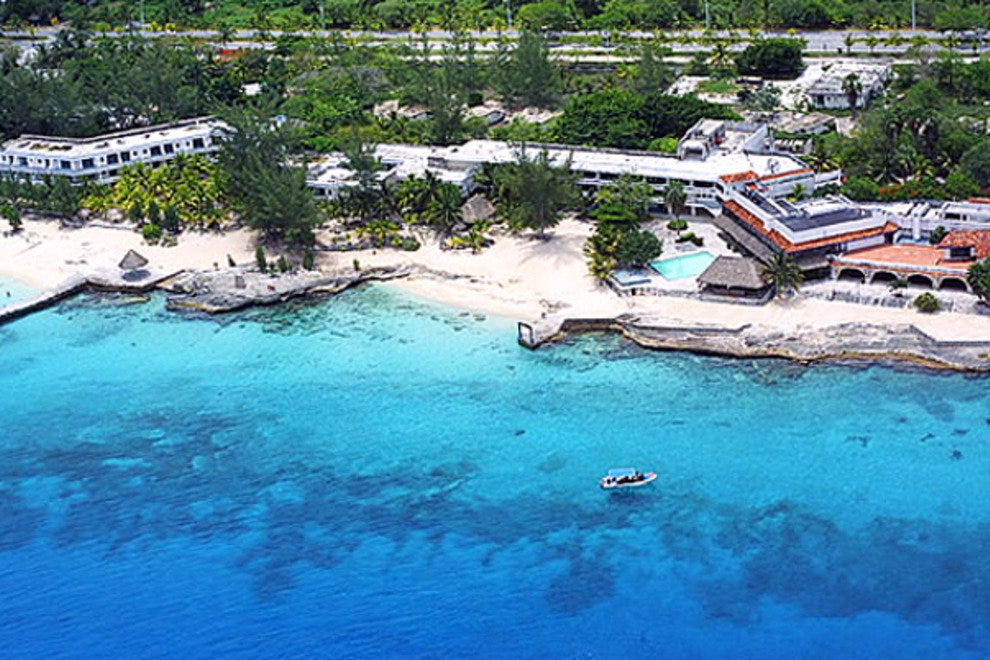 Cozumel is a wonderful place to vacation, or to visit for the day.