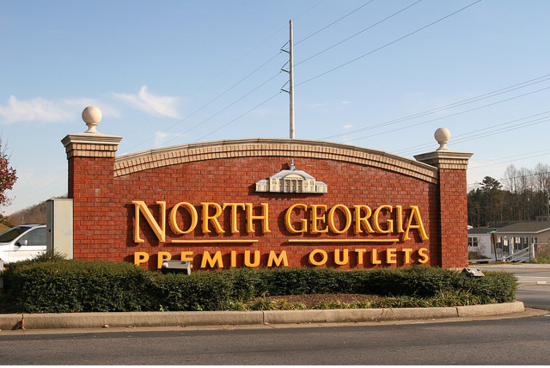 Atlanta Outlets. Our Atlanta outlet mall guide shows all the outlet malls in and around Atlanta, helping you discover the most convenient outlet shopping according to your location and travel plans.