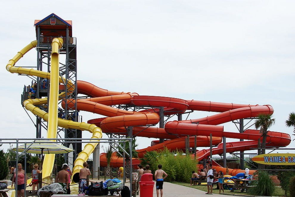Hawaiian Falls Waterpark - The Colony