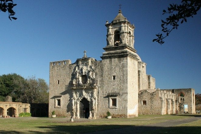 Explore San Antonio's World-Class Attractions, From Rollercoasters to Historic Parks