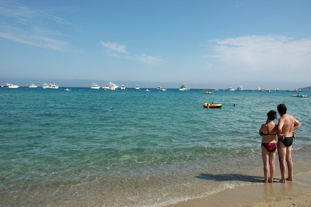 The azure waters of Saint-Tropez are a nice backdrop for romance