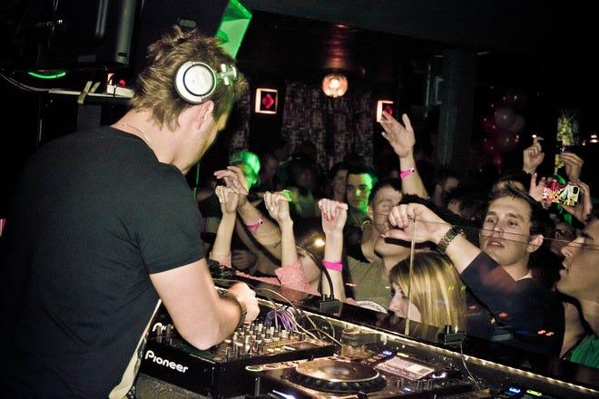 Burt's Tiki Lounge: Salt Lake City Nightlife Review ...