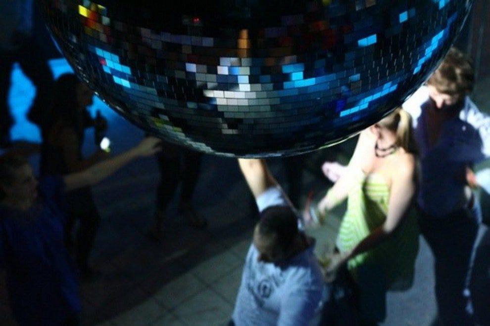 Savannah Night Clubs, Dance Clubs: 10Best Reviews