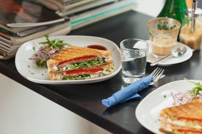 Restaurant Slideshow Lunch In Berlin