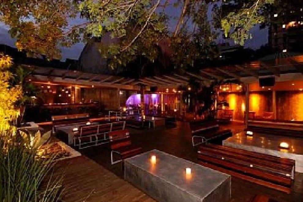 Rio de janeiro night clubs 10best nightlife reviews for Miroir night club rio de janeiro