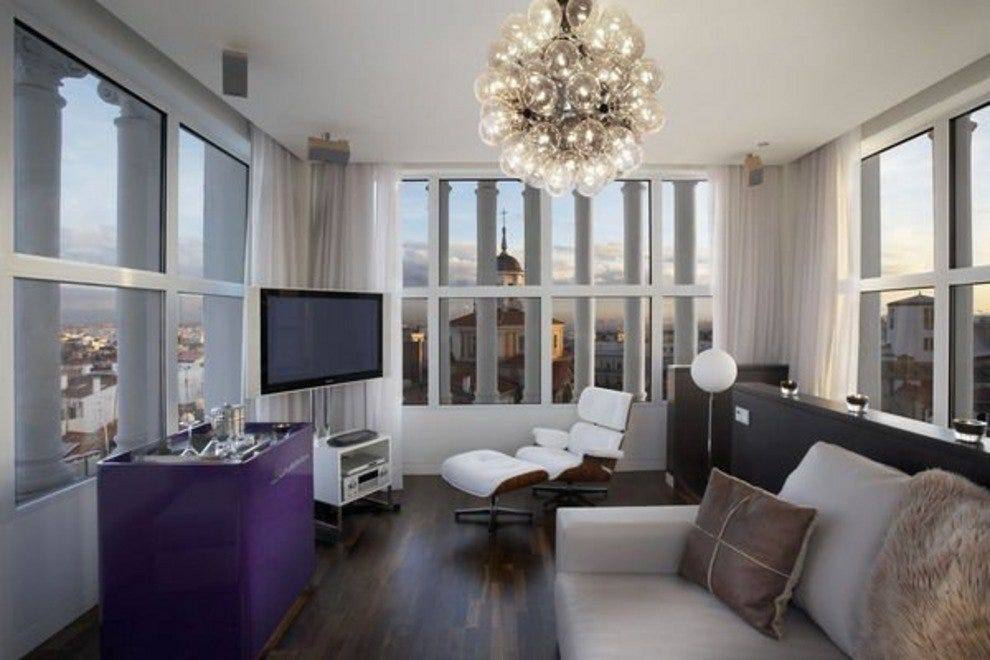 Room with gorgeous views of the city