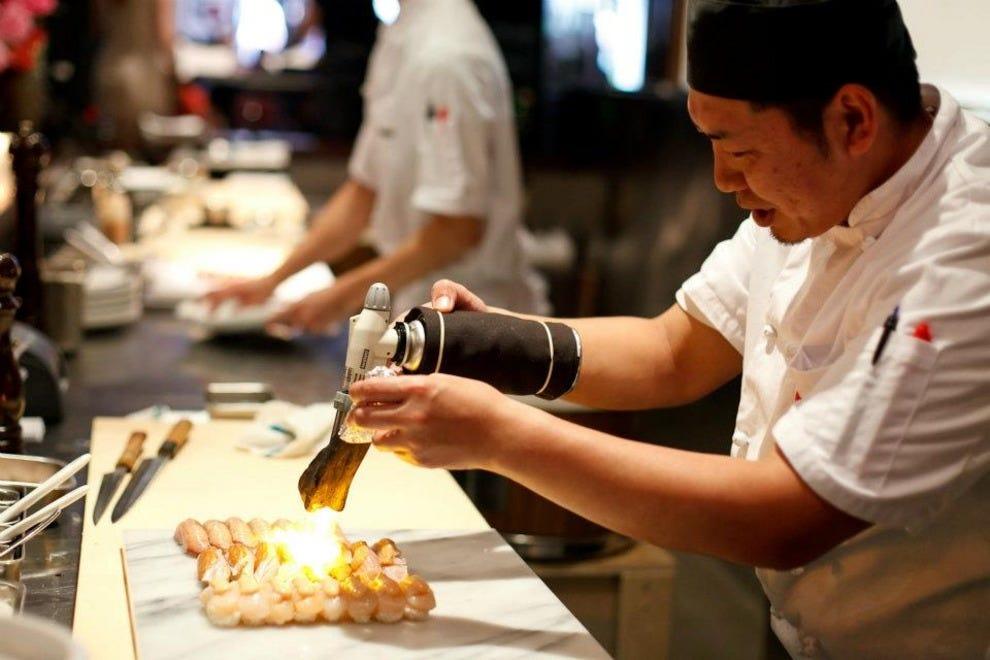 Minami Sushi Bar Restaurant