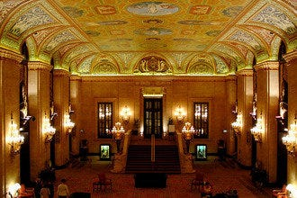 Palmer House Gives Guests a Chicago History Tour