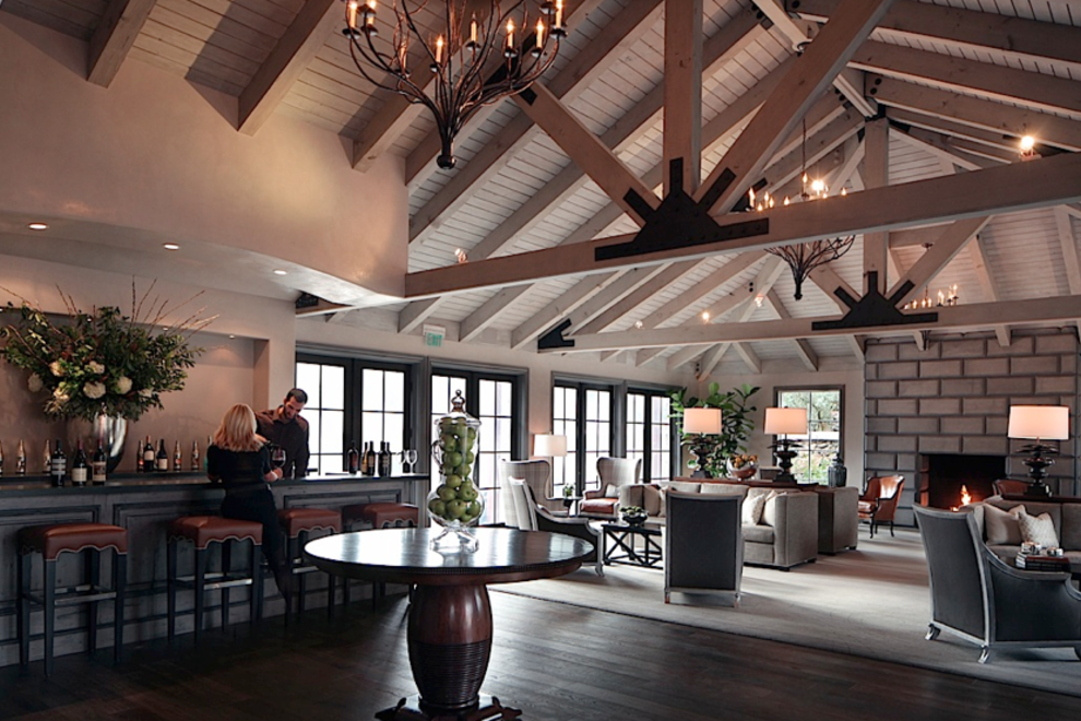 The Yountville Hotel is perfectly located near all of the town's renowned restaurants
