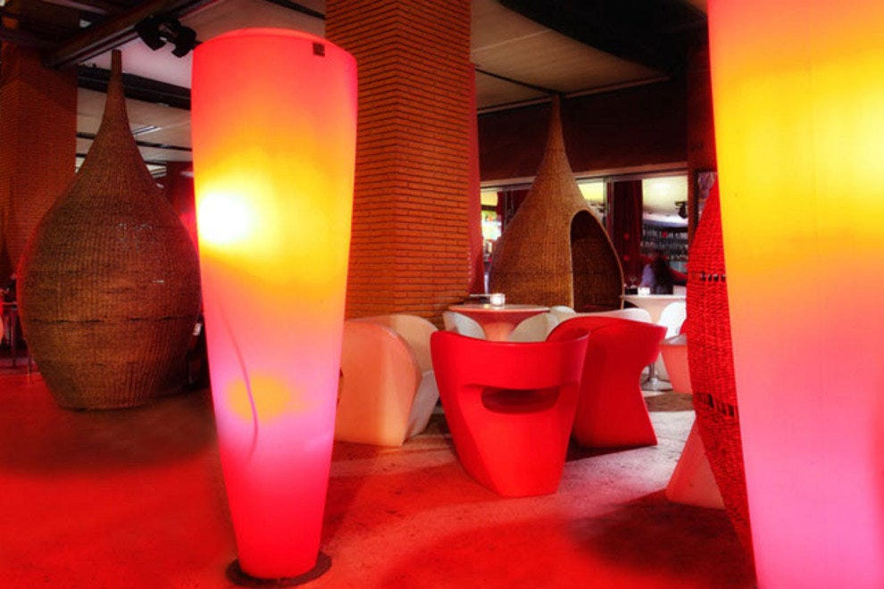 ReD Restaurant & Design
