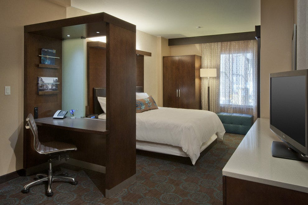 Spacious rooms at the SpringHill Suites by Marriott Denver Downtown