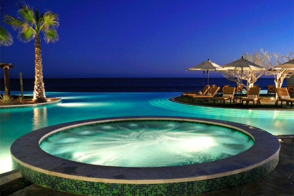 Cabo san lucas luxury hotels in cabo san lucas luxury for Luxury resorts