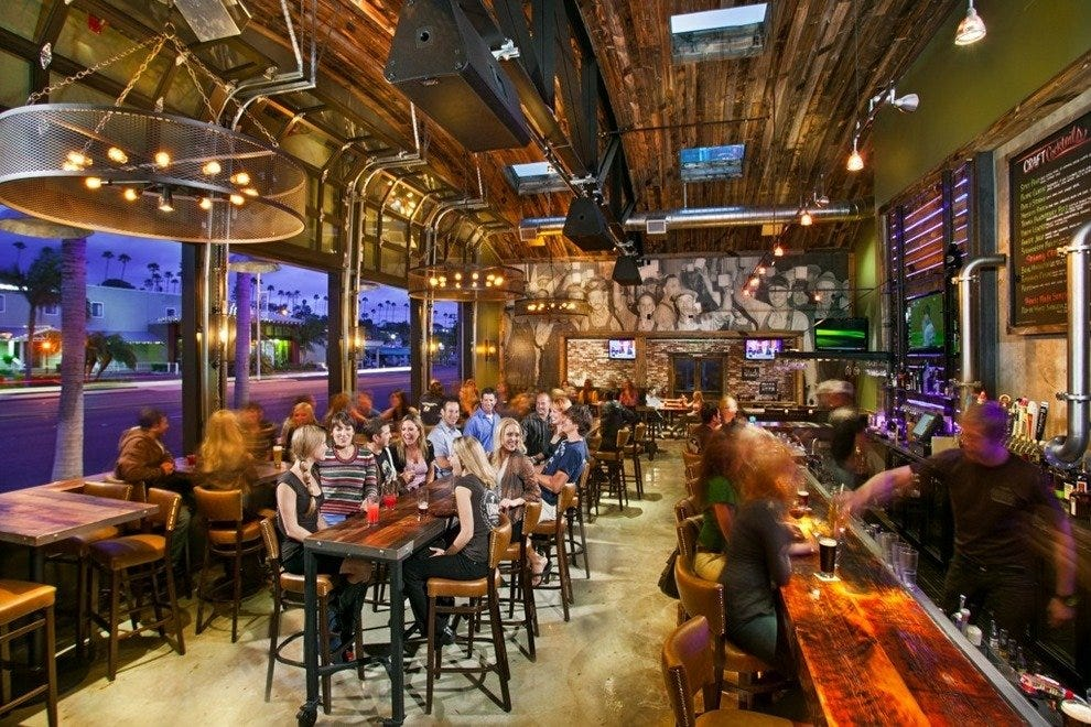Union Kitchen And Tap San Diego Nightlife Review 10best