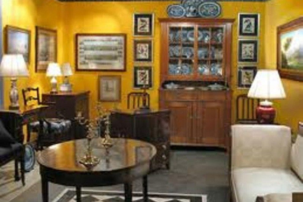 Upscale Consignment Furniture: Portland Shopping Review