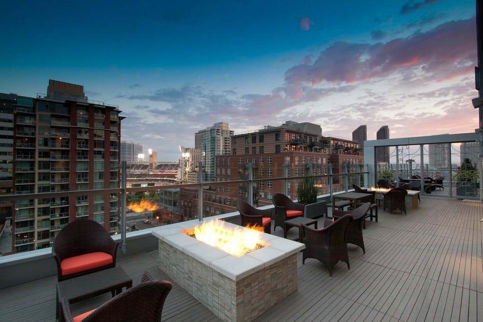 hotel indigo gaslamp quarter san diego hotels review. Black Bedroom Furniture Sets. Home Design Ideas