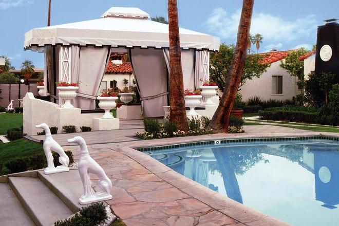 Luxury Hotels in Palm Springs