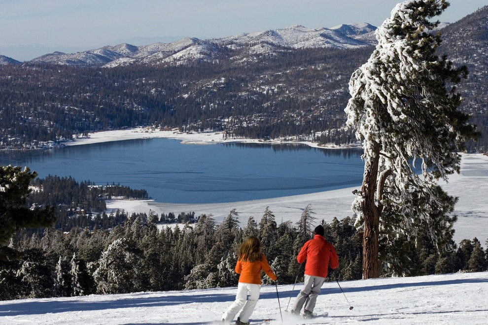 First Winter Snow Transforms Big Bear Lake into Winter Wonderland