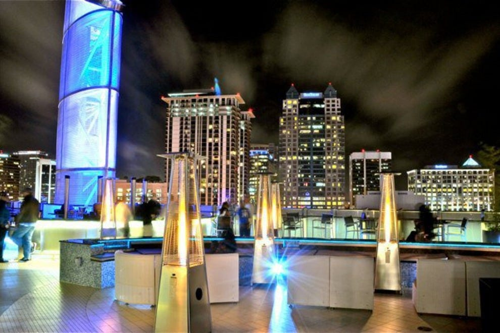 One80 grey goose lounge orlando nightlife review 10best for Mercedes benz lounge amway center